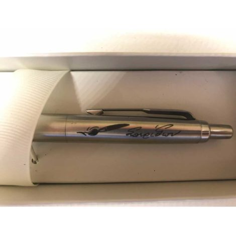 Χάραξη σε στυλό parker